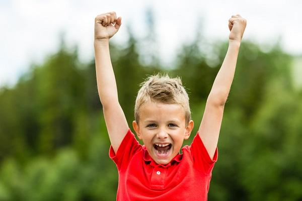 Vitalis Bienestar trabajar la autoestima infancia adolescencia hijos familia
