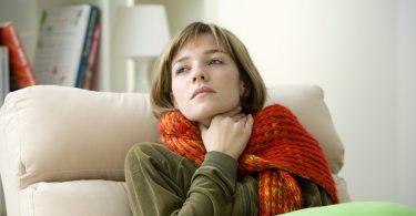 4 remedios caseros para aliviar el dolor de garganta