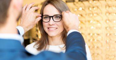 Vitalis Bienestar te aclara los mejores cuidados para incrementar la durabilidad de tus gafas de vista